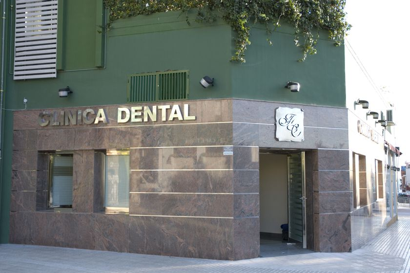 Clinica Dental Doctor Cortes FC - Málaga