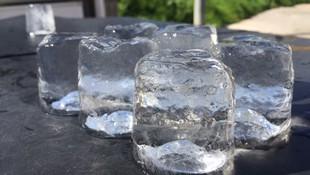 Nuestros cubitos son fabricados con agua tratada