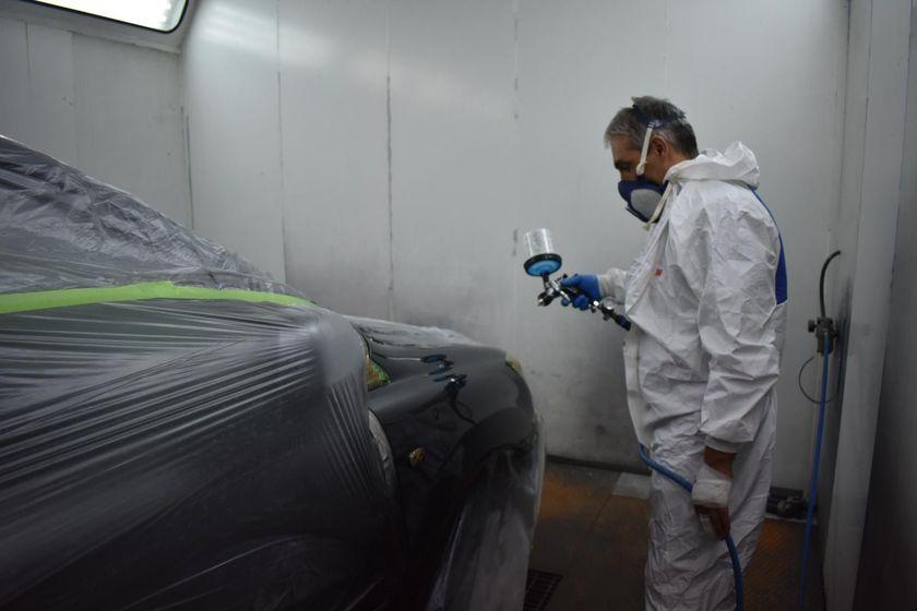 Taller de chapa y pintura alta gama en Hospitalet de Llobregat