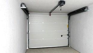 Instalación y reparación de puertas automáticas
