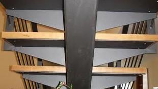 Vista inferior de una escalera