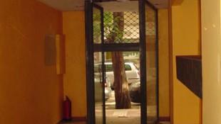 Las Fuentes, calle Monasterio de Siresa, local 60 mts de Entidad Bancaria. PVP: 50.000 €