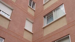Reparación de fachada de ladrillo visto. Estado reformado. Revestimiento monocapa (2)