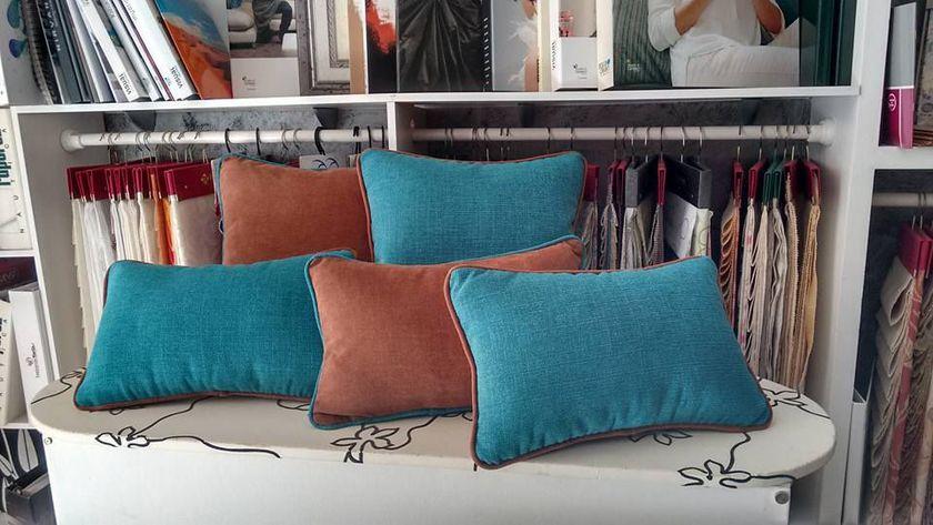 Textiles del hogar: cojines y cortinas