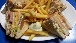 Churrería Mortadelo, sandwiches y platos combinados