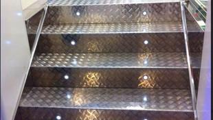 Escaleras en acero inoxidable Oviedo