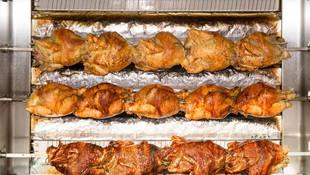 Deliciosos pollos asados
