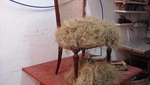 silla en crin vegetal