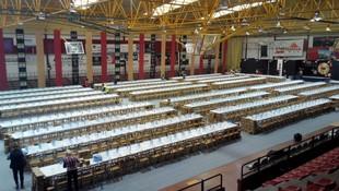 Alquiler de sillas y mesas para fiestas y eventos