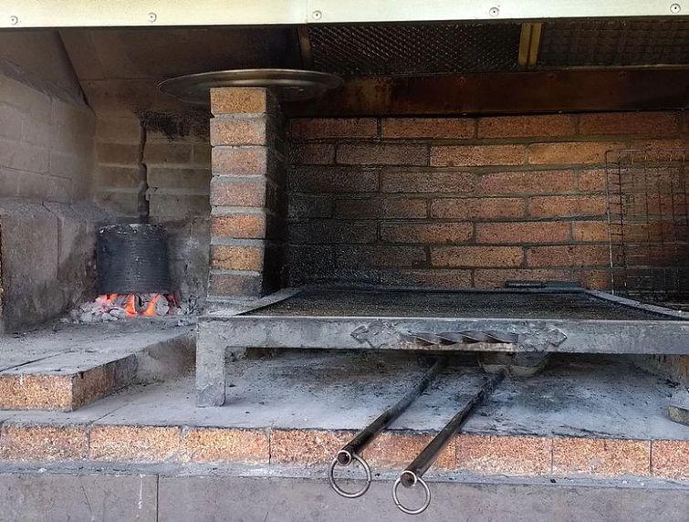 Restaurante con parrilla argentina en Sitges