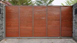 Instalación y mantenimiento de puertas automáticas