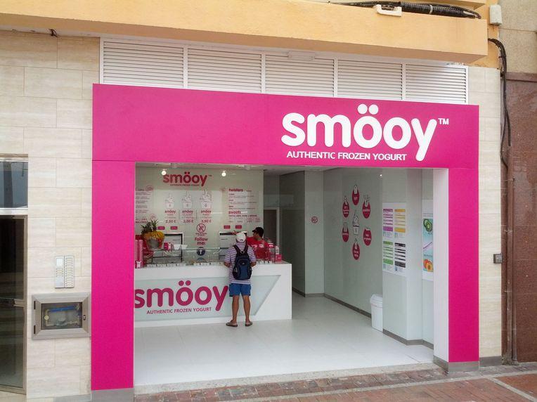 Instalación de pórticos en metacrilato en Las Palmas de Gran Canaria
