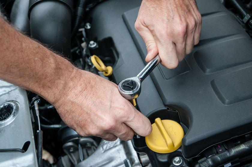 Reparaciones y mantenimiento de su vehículo