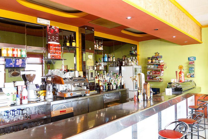 Barra de nuestro bar en Teruel