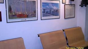 Sala de espera de nuestra clínica dental en Motril