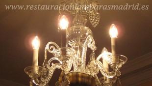 Lámpara antigua de cristal de la Granja