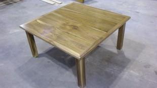 Fabricación de mesas de madera