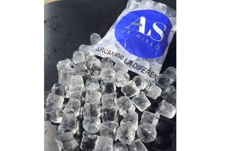 Cubitos de hielo macizo sin agujeros