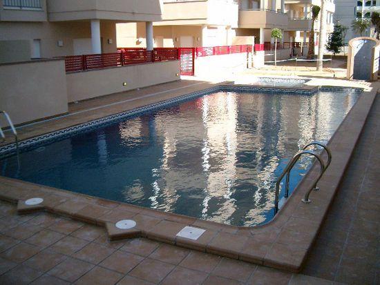 Diseño, construcción y mantenimiento de piscinas comunitarias