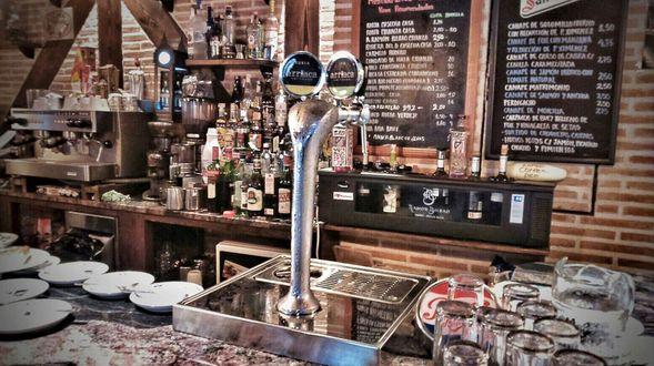 Restaurante y bar en Marchamalo