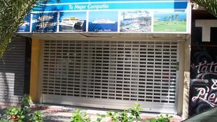 Mantenimiento de puertas automáticas en Canarias