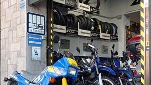 Taller de motos en Les Corts Barcelona