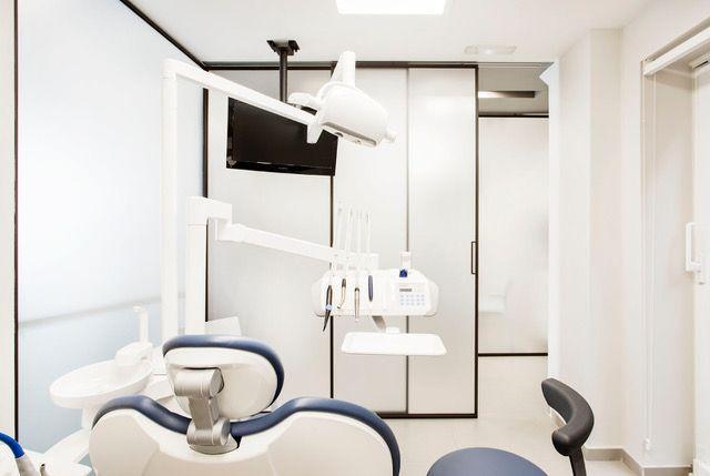 Clínica dental en el barrio de Salamanca, calle Ayala