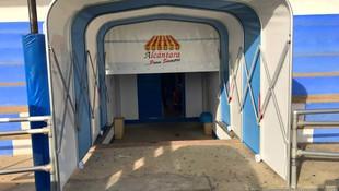 Tunel de Entrada a Campo de Futbol