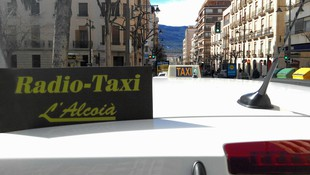 Servicio de taxi profesional en Alcoi