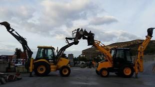 Alquiler de maquinaria de obra pública