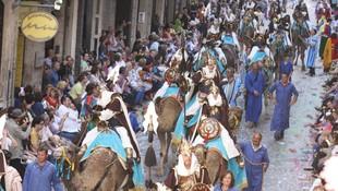 Caballos y dromedarios para Moros y cristianos en la Comunidad Valenciana
