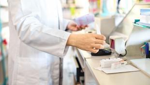Farmacia con robot dispensador de medicamentos en Calafell