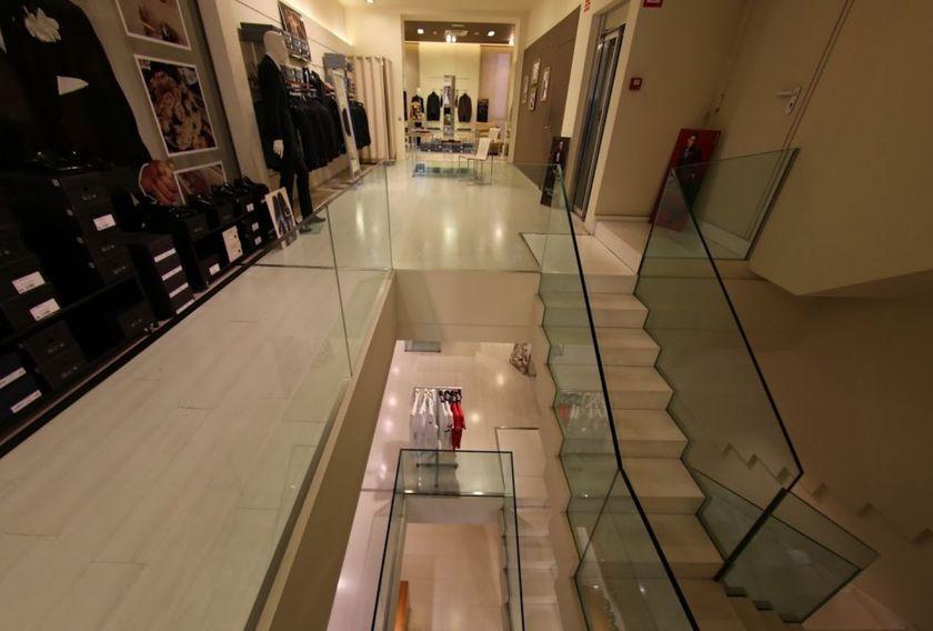 Tienda de ropa masculina con taller de costura propia en Reus