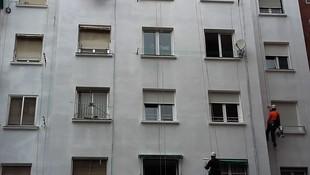 Durante el proceso de mantenimiento de fachada exterior