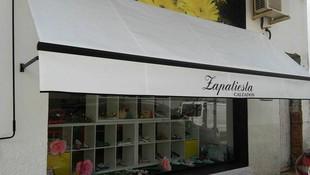Instalación de toldos para locales comerciales