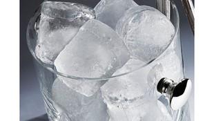 Venta de hielo en Móstoles
