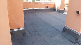 instalacion de perfiles metalicos  vierte aguas en terraza con lamina de pizarra