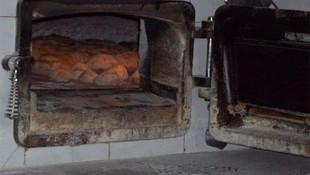 Pan en horno del leña en Lugo