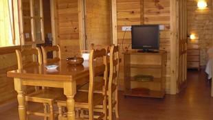 Interior de las cabañas, Camping Los Carasoles, Navalón, Enguera, Valencia