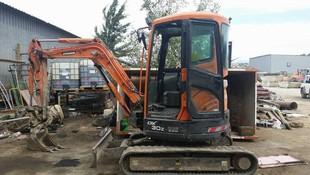 Demoliciones. Alquiler de maquinaria de obra pública