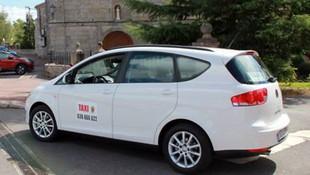 Taxi con silla infantil en Campoo de Yuso