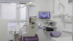 Implantología y prótesis sobre implantes en Gijón