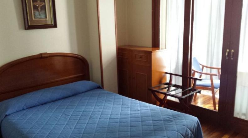 Habitación doble Hostal en Burgos