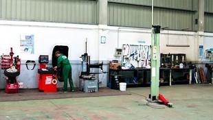 Taller mecánico para reparaciones básicas