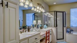 Limpieza de mamparas de ducha y cristales en general