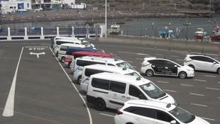 """Puerto de Las Nieves, Agaete, Gran Canaria; Taxistas de Agaete, Guía, Maspalomas, Telde, San Mateo y Las Palmas de Gran Canarias. www.taxilaspalmasdegrancanarias.es """"Official Taxis Cruises Ports."""""""