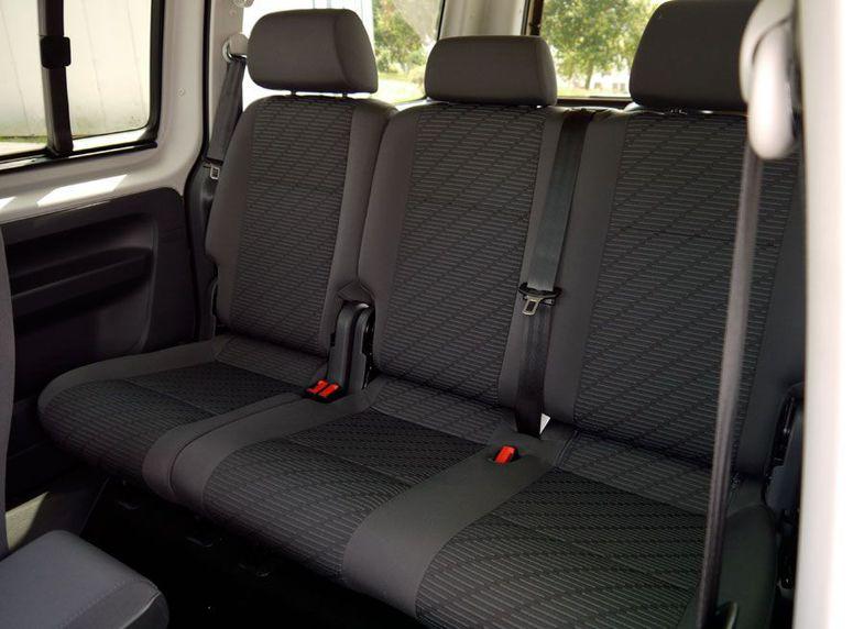 Amplios espacios en nuestros taxis