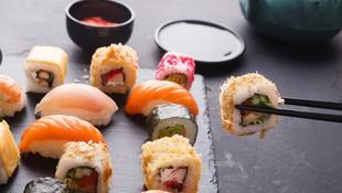Restaurante japonés especializado en sushi en L'Eixample