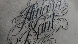 Amplio catálogo de tatuajes