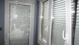 Fabricación y colocación de carpintería de aluminio y PVC en Lezo.